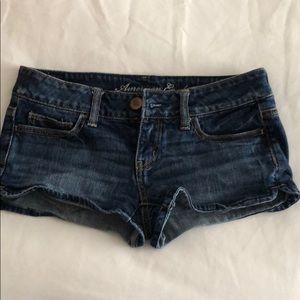 Super cute low size stretch jean shorts
